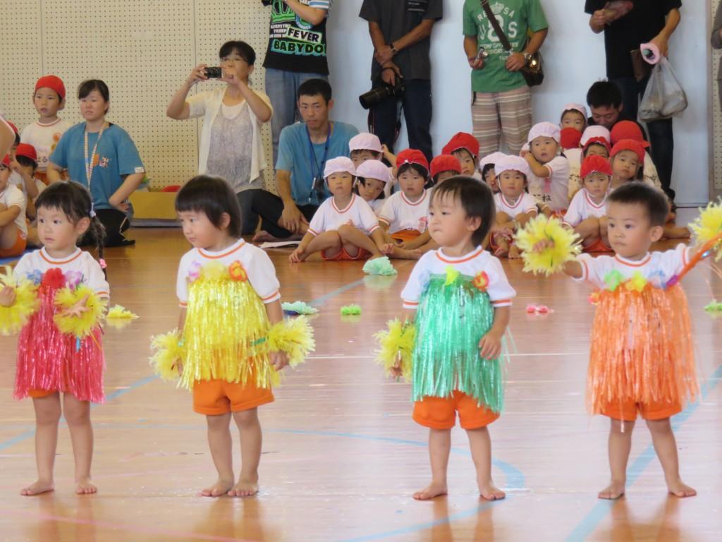 運動会 ダンス 保育園 【運動会】2歳児~3歳児にオススメのダンス!可愛い曲を集めました